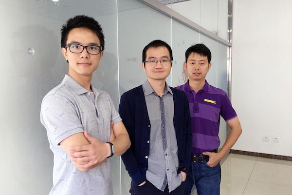 智行者创始人团队,从左至右分别为CTO霍舒豪、CEO张德兆与副总经理王肖
