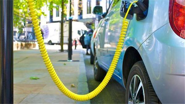 剑桥大学锂空气电池技术可提升电池容量5倍