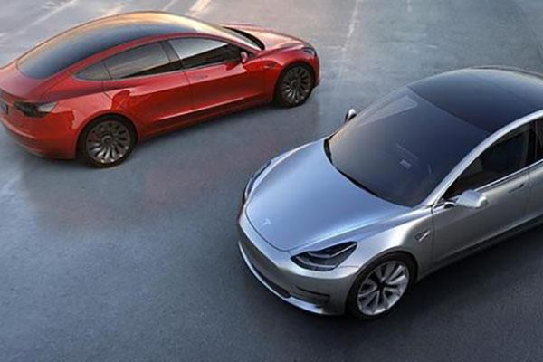 特斯拉自动驾驶汽车可能在Model 3之前问世