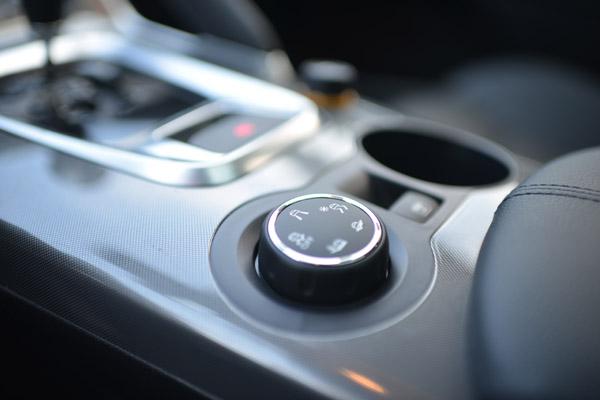 东风标致3008车型可选择驾驶模式