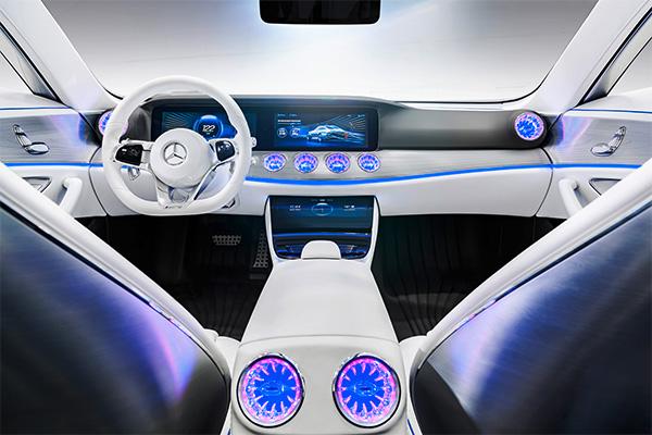 奔驰IAA概念车内饰设计