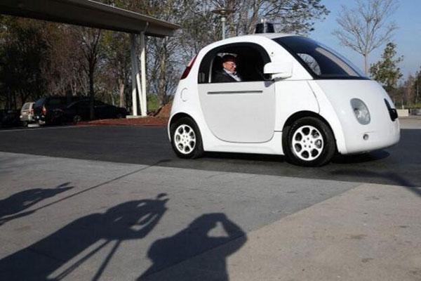 因祸得福?谷歌获无人驾驶汽车检测校车专利